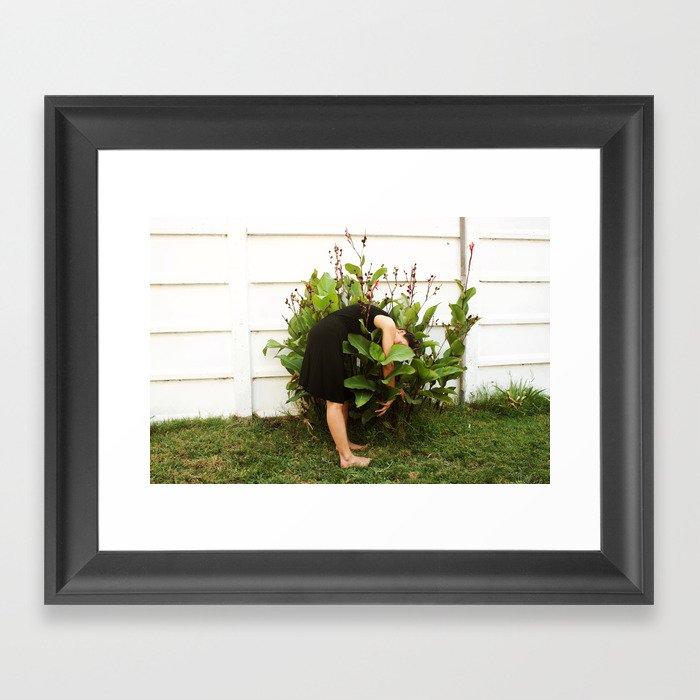 Déjame Framed Art Print