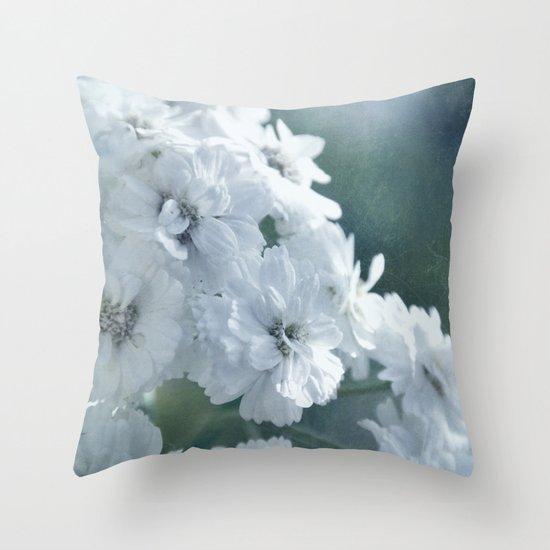 rêve Throw Pillow