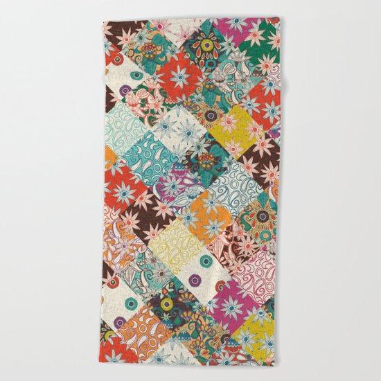 sarilmak patchwork Beach Towel