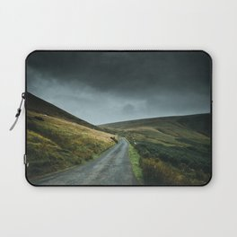 Road into the mountains Laptop Sleeve