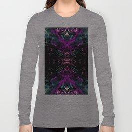 Textured Graffiti Print Long Sleeve T-shirt