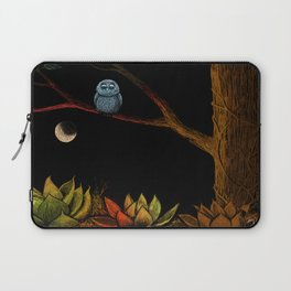 Lonely owl Laptop Sleeve