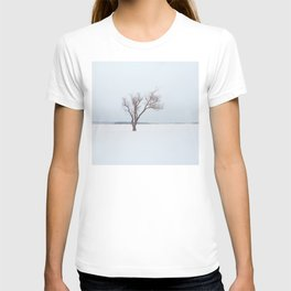 WINTER. TREE. LAKE. SNOW T-shirt