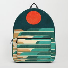 Chasing wave under the red moon Backpack