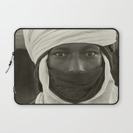 'African pride' - Mohamed from Timbuktu Laptop Sleeve