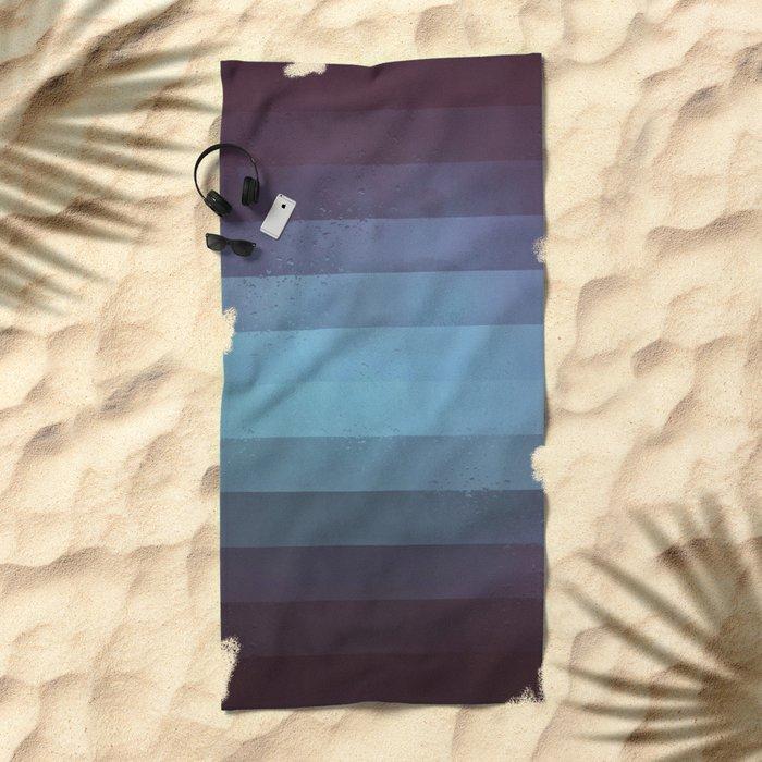 rynny dyy Beach Towel