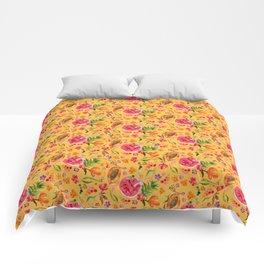 Tropical Fruit Festival in Yellow | Frutas Tropicales en Amarillo Comforters