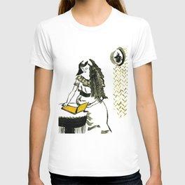 Reading girl T-shirt