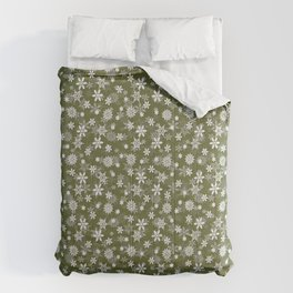 Festive Terrarium Moss Green and White Christmas Holiday Snowflakes Comforters