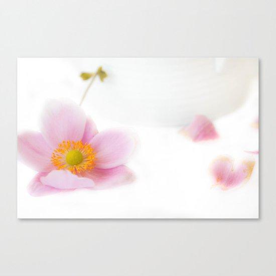 Floral delicacy Canvas Print