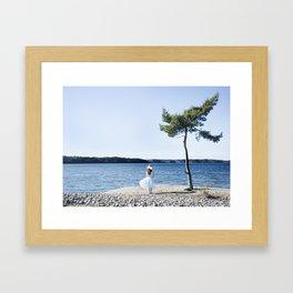 Hela min värld Framed Art Print