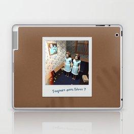 Toujours aussi fières ? Laptop & iPad Skin