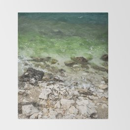 Water and rocks Throw Blanket