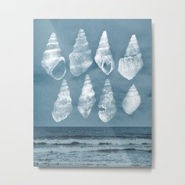 Calming Ocean with Weathered Sea Shells Metal Print