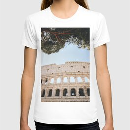 Photo of the Colosseum Roman Amphitheatre at the Forum Romanum in Rome I, Italy | Fine Art Colorful Travel Photography |  T-shirt
