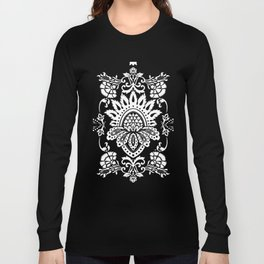damask in white and blue Long Sleeve T-shirt