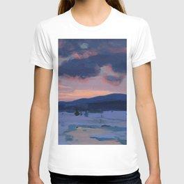 Clarence Gagnon - Crépuscule d'hiver - Winter Twilight, Baie St. Paul - Canadian Oil Painting T-shirt