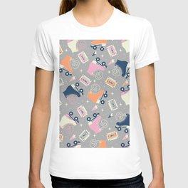 Roller skates 005 T-shirt