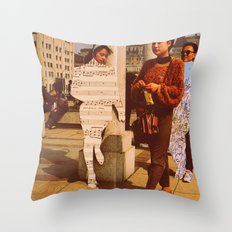 Im lost without you Throw Pillow