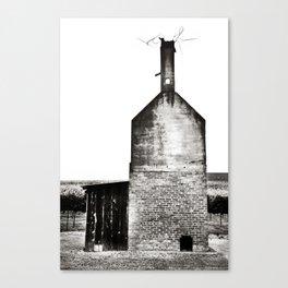 Barn 01 Canvas Print