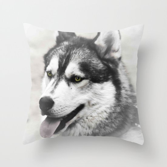 Green eyes Throw Pillow