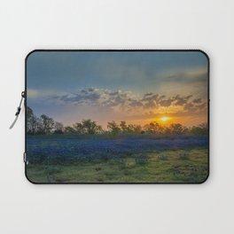 Daybreak In The Land Of Bluebonnets Laptop Sleeve