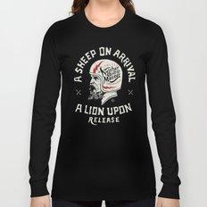 A sheep on arrival /Helmet Long Sleeve T-shirt