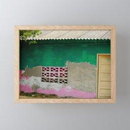 Dulce hogar Framed Mini Art Print