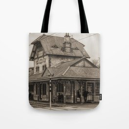 Waiting in Style Tote Bag