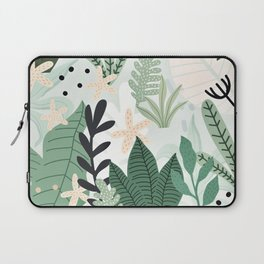 Into the jungle II Laptop Sleeve