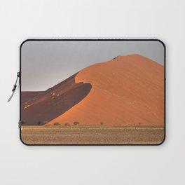 The red sand dunes of Sossusvlei desert, Namibia Laptop Sleeve