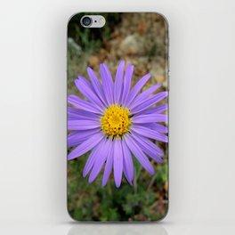 Flor Morada iPhone Skin