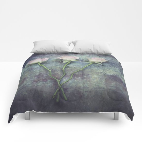 Three Roses II Comforters