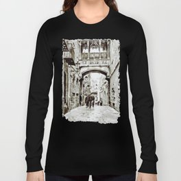 Carrer del Bisbe - Barcelona Black and White Long Sleeve T-shirt