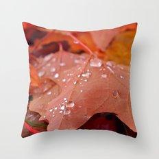 Autumn dew Throw Pillow