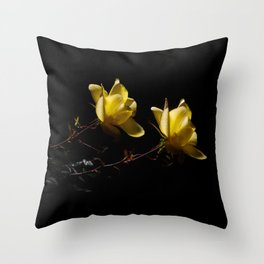 Yellow roses on black -4 Throw Pillow