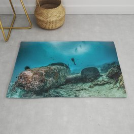 shipwreck and diver Rug