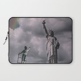 Statues of liberty Laptop Sleeve