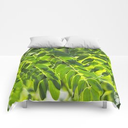 Sunny Leaves Comforters