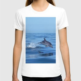 Spotted dolphin jumping in the Atlantic ocean T-shirt