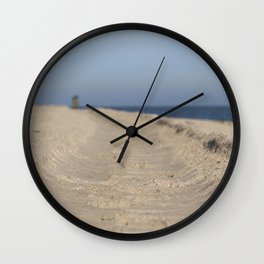 Traces in the sand Wall Clock