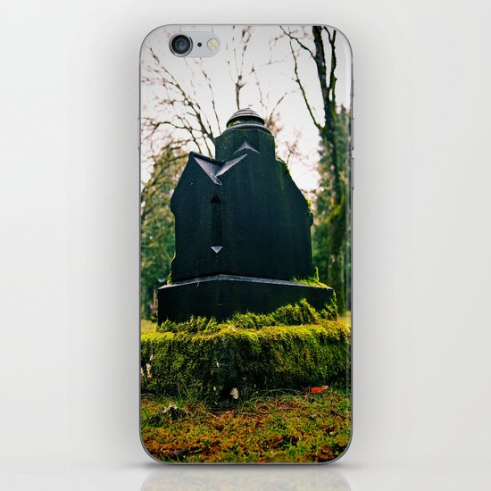 Graveyard green iPhone & iPod Skin