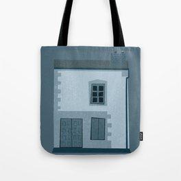 La maison et l'oiseau Tote Bag
