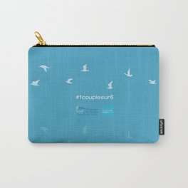 #1couplesur6 bleu Carry-All Pouch
