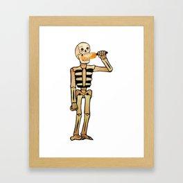 El elote Framed Art Print