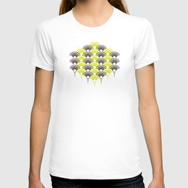 polka dotted fan pattern in brown and lime T-shirt