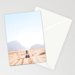 302. King of the world, Wadi Rum, Jordanie Stationery Cards