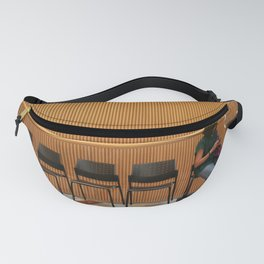 A woman is waiting Fanny Pack