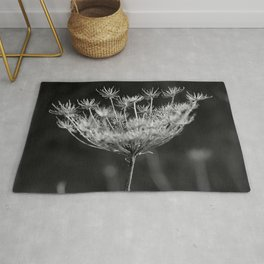 Withered pointed hogweed Rug
