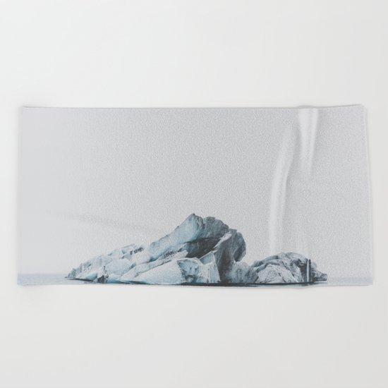 Jökulsárlón, Iceland Beach Towel